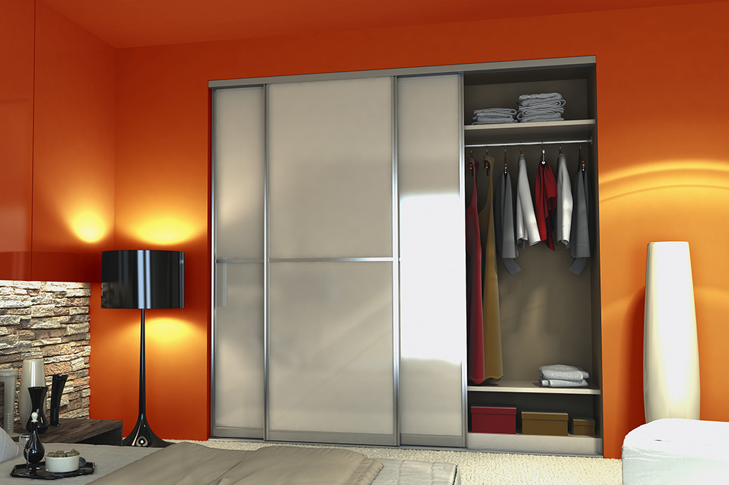 Шкаф-купе в спальню дизайн дверей